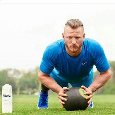 Flow Water Inc. launches Mind, Body & Flow marketing campaign across NorthAmerica featuring Pro Athlete and MVP Josh Donaldson. Baseball Boys, Baseball Players, Josh Donaldson Haircut, Toronto Blue Jays, Go Blue, Atlanta Braves, Sport Man, My Boys, Athlete