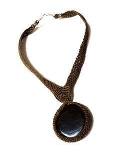 Collar Tejido en Macramé con Piedra semipreciosa: Agata Café. by Anacely Olmedo, via Flickr