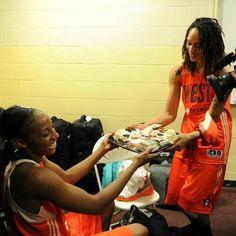 WNBA Stars Brittney Griner & Glory Johnson Are Engaged!
