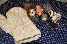 Needle felted animals and knit mitten from Jan Brett's Mitten story. by catbvq Felt Owls, Felt Animals, Crochet Animals, Needle Felted Animals, Needle Felting, Toddler Themes, Kindergarten Themes, Monthly Themes, Early Literacy