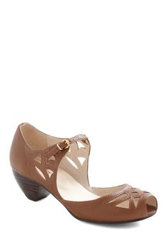 Cutout a Rug Heels, #ModCloth These would look wonderful with stockings for fall. I would pair this with a jumper, and a silky blouse.