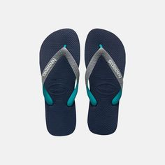 The Top Mix is a thong style sandal that features a bi-colour matte strap and contrasting Havaianas® logo. The rice patterned footbed and rubber flip flop sole give you that signature comfortable fit. Xmas Gifts For Kids, Rubber Flip Flops, Flip Flop Slippers, Kids Fashion, Shoes Sandals, Pairs, Navy, Shoe Bag, Mens Tops