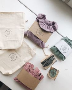 Organic Kids Clothes and Accessories by LittleThingsClothes Kids Packaging, Brand Packaging, Organic Packaging, Clothing Packaging, Jewelry Packaging, Gift Wraping, Ideias Diy, Tag Design, Tampons