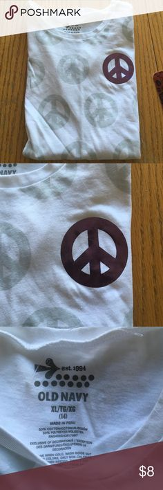 Girls Old Navy T-shirt size 14/16 White Old Navy the shirt with gray peace signs and one purple peace sign. New without tags. Old Navy Shirts & Tops Tees - Short Sleeve