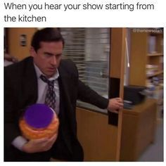 """30 Relatable Memes For When You Just Need A Damn Break - Funny memes that """"GET IT"""" and want you to too. Get the latest funniest memes and keep up what is going on in the meme-o-sphere. Crazy Funny Memes, Really Funny Memes, Stupid Memes, Funny Relatable Memes, Haha Funny, Funny Tweets, Funny Jokes, Funny Stuff, Fun Funny"""