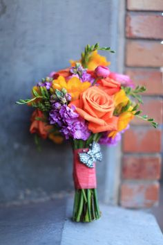 Ramo de rosas, freesia, ranúnculos y phlox :: Bouquet with roses, ranunculus, freesia and stock via Bloomers flowers & decor.