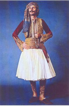 """""""Fustanela"""" Costume, which belonged to the aide-de-camp of the first Governor of Greece, Ioannis Capodistrias, Nafplion, PFF Collection (Peloponnesian Folklore Foundation). Greek Independence, Military Costumes, Costumes Around The World, Indian Photography, Folk Costume, Historical Costume, Traditional Dresses, Passion For Fashion, Elegant"""