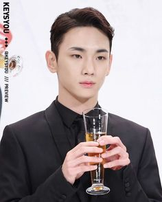😍💕 #Key #kimkibum #kibum #shinee #drinkingsolo