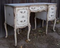 french provincial white and blue shabby chis vanity desk Shabby Chic Vanity, Shabby Chic Wallpaper, Shabby Chic Chairs, Shabby Chic Living Room, Rustic Shabby Chic, Shabby Chic Bedrooms, Shabby Chic Homes, Shabby Chic Furniture, Painting Antique Furniture
