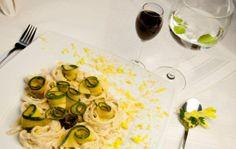 Makaron z cukinią w sosie słonecznikowym - kuchnia Manor House