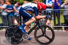 Day 225 of 365 and this is Chris Froome about 1200 M from winning a bronze medal in the Olympic Time Trial. Steve Prefontaine, Chris Froome, 2012 Summer Olympics, Athletic Gear, Triathlon Training, My Ride, Cycling, Bicycle, London