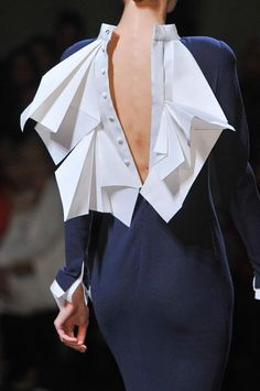 details @ Stephane Rolland Fall 2013 Couture