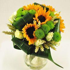 Buchet de mireasa/nasa doar la 123flori Nasa, Glass Vase, Floral, Flowers, Plants, Decor, Craft, Decoration, Plant