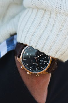 The beautiful Tusenö First 42, this piece really sets a new standard in affordable luxury watches.FIRST 42 - ROSÉ GOLD / BLACK Shop Here