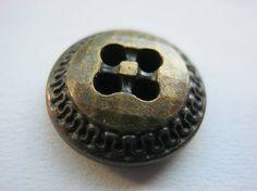 20 Stück Blusen/Hemdknöpfe 4 Loch Goldfarben Durchmesser