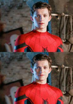 Im gonna cry Tom Holland Peter Parker, Hero Marvel, Tom Holand, Baby Toms, Tommy Boy, Men's Toms, Tony Stark, Cute Guys, Studios