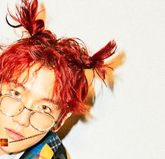 Baekhyun - 161025 'Hey Mama!' teaser image Credit: Official EXO website.