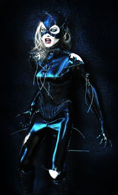 Hot Toys Announce Batman Returns Catwoman