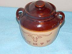 Stoneware Bake Bean Crock Pot Bull BBQ Branding Maple Leaf USA Pottery Bull Bbq, Baked Beans Crock Pot, Stoneware, Crockpot, Branding, Pottery, Usa, Ceramica, Brand Management