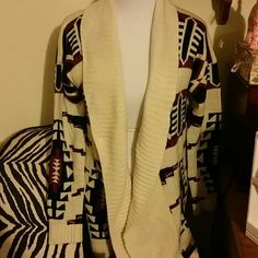 F21 Long Open Cardigan Cozy long cardigan in a great Southwestern print in black and burgundy.  Wear open or belted. Forever 21 Sweaters Cardigans