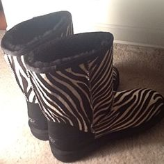 Zebra Print Uggs....... Winter is coming I need these for sure!!!