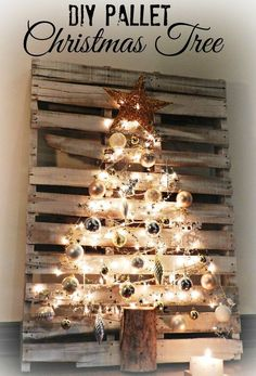 "I wasn't going to post this ""Pallet Christmas Tree"" until next month. I honestly thought it would take that long to make. This was so incredibly easy. The hardest part is finding a pallet. This is how my Pallet Christmas Tree came to be… Last Christmas, Unique Christmas Trees, Christmas Tree Crafts, Rustic Christmas, Christmas Projects, All Things Christmas, Holiday Crafts, Christmas Holidays, Wooden Pallet Christmas Tree, Woodland Christmas"