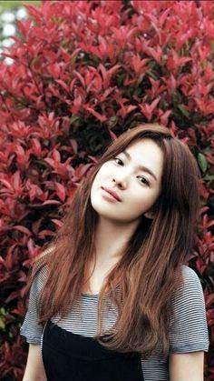 Song Hye Kyo the most beautiful Korean Actresses, Korean Actors, Korean Beauty, Asian Beauty, Song Hye Kyo Style, Song Hye Kyo Hair, Korean Girl, Asian Girl, Songsong Couple