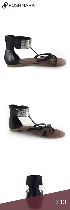 dba8ef99291 Carlos Santana Flat Ankle Sandal Sz 9 Sandal has zipper in back metal  around the front ankle band very nice condition Sz 9 Carlos Santana Shoes  Sandals