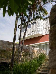 Hill Top Cottage / Luigi Rosselli Architects