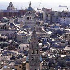 Offerte lavoro Genova  Il Comune mette nel mirino Booking.com e Airbnb  #Liguria #Genova #operatori #animatori #rappresentanti #tecnico #informatico Turismo online a Genova un quarto degli alloggi evade le imposte
