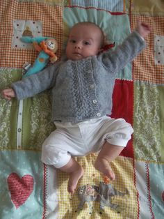 j'adore knitting: free baby sweater knitting pattern