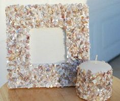 40 outstanding seashell craft ideas and sea glass craft ideas. Make beautiful crafts using seashells and sea glass. Project ideas for kids crafts and adult crafts. Seashell Projects, Seashell Crafts, Beach Crafts, Vbs Crafts, Crafts To Make, Crafts For Kids, Nature Crafts, Sea Glass Crafts, Painted Jars