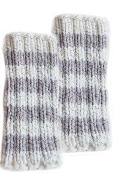 Neulotut säärystimet Novita Heijastus Leg Warmers, Tricot, Socks, Tights, Leg Warmers Outfit