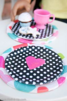 Cute and easy plates to make for dolls!