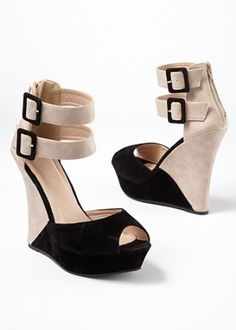 Black Two tone wedge from VENUS