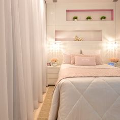 Recursos para cambiar de habitación: de niños a adolescentes – Deco Ideas Hogar Bedroom Workspace, Pretty Room, Room, Decor Design, Home Decor, Room Decor, Bedroom Decor, Boy And Girl Shared Room, Girly Bedroom