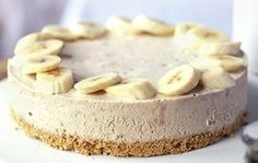 Banana Cream Cheesecake Recipe - this could be a family favorite.  Hubby loves banana cream pie, and I love cheesecake.  Perfect!