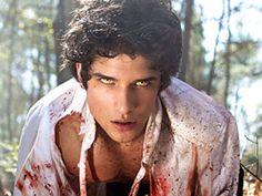 Tyler Posey: Photos Of The 'Teen Wolf' Star – Hollywood Life Werewolf Eyes, Werewolf Vs Vampire, Tyler Posey Tattoo, Teen Wolf Premiere, Taylor Posey, Teen Wolf Tattoo, Tyler Posey Teen Wolf, Wolf Character, Teen Wolf Seasons