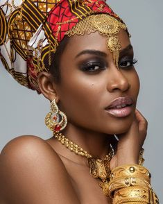 These Ankara head-wraps are for fashionistas who want something extraordinary! H… These Ankara head-wraps are for fashionistas who want something extraordinary! H… These Ankara head-wraps are for … Headband Men, Head Wrap Headband, Headband Hairstyles, African Beauty, African Women, African Fashion, African Makeup, Hippie Goddess, Ankara