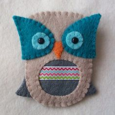 Obsessed with Brooches  Felt Owl