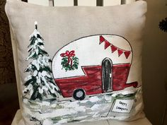 Camping Gifts for the Outdoorsy Folks on Your Christmas List. When it has to do with gifts for a cycling outdoor lover is tricky to work out what will be appreciated. Just bear in mind this gift may add up. Rustic Christmas, Christmas Art, Vintage Christmas, Christmas Cover, Christmas Favors, Christmas Signs, Vintage Camper, Retro Campers, Manualidades