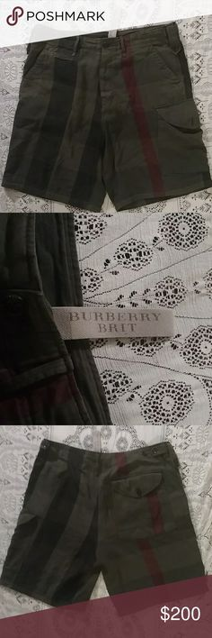 Mens Burberry Brit Olive Cargo Shorts The classic Burberry print we all know and love in an amazing Olive tone cargo style short! Dress up with a tee and blazer, or dress down with a polo tee! Burberry Shorts Cargo