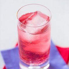 Cheap Sunglasses - vodka, cranberry juice and lemon-lime soda.