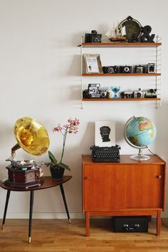 THE BEST VINTAGE FURNITURE FOR YOUR HOME_see more inspiring articles at http://vintageindustrialstyle.com/best-vintage-furniture-home/