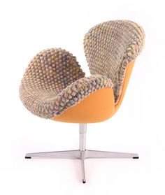 Cool 38 Soft And Comfy Knitted Furnishing Pieces For Fall And Winter : Cozy Knitted Furniture With Brown Orange Fabric Chair Design Grey Furniture, Furniture Covers, Cool Furniture, Furniture Design, Furniture Ideas, Tufted Dining Chairs, Mid Century Dining Chairs, Ana Kraft, Hanging Chair From Ceiling