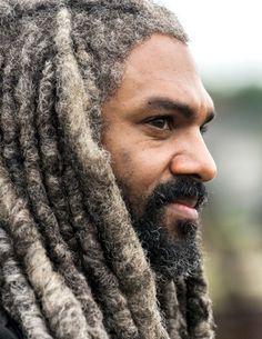 King Ezekiel in The Walking Dead Season 8 Episode 3   Monsters