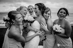 Bride and bridesmaids having fun. Photography in Black and White by #DreamArtPhotography at #MoonPalaceGolf&SpaResort @prweddings  #DreamArtWeddings #WeddingPhotography #Wedding #DestinationWeddings #Photography #Cancun #CancunPhotography #Mexico #Bride #Bridesmaids #Light