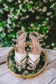 Looking for the perfect pair of bridal shoes never been easier,we've selected 44 stylish designer wedding shoes.ivory wedding shoes,wedding shoes for bride Valentino Studded Heels, Designer Wedding Shoes, Designer Shoes, Glam And Glitter, Sparkly Shoes, Bridal Heels, Shoe Gallery, Bride Shoes, Dream Wedding