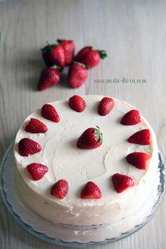 strawberry cake | pasta flora