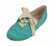 shoes like these would go great with the tweed pants not this color obviously but the style. also good with same color creme blouse and matching blue skirt. or pleated creme skirt and blouse and poping blue accesories.
